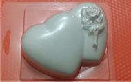 Пластиковая форма для мыла 133 - Сердца с розой