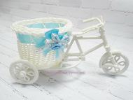 Плетеное изделие, велосипед с голубой лентой, цвет белый, размер 22*10*11 см