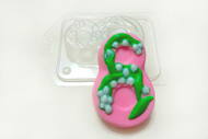 Пластиковая форма для мыла 8 марта ландыши