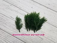 Искусственная зелень еловая лапка, цвет темно-зеленый, длина веточки 8 см, 10 шт